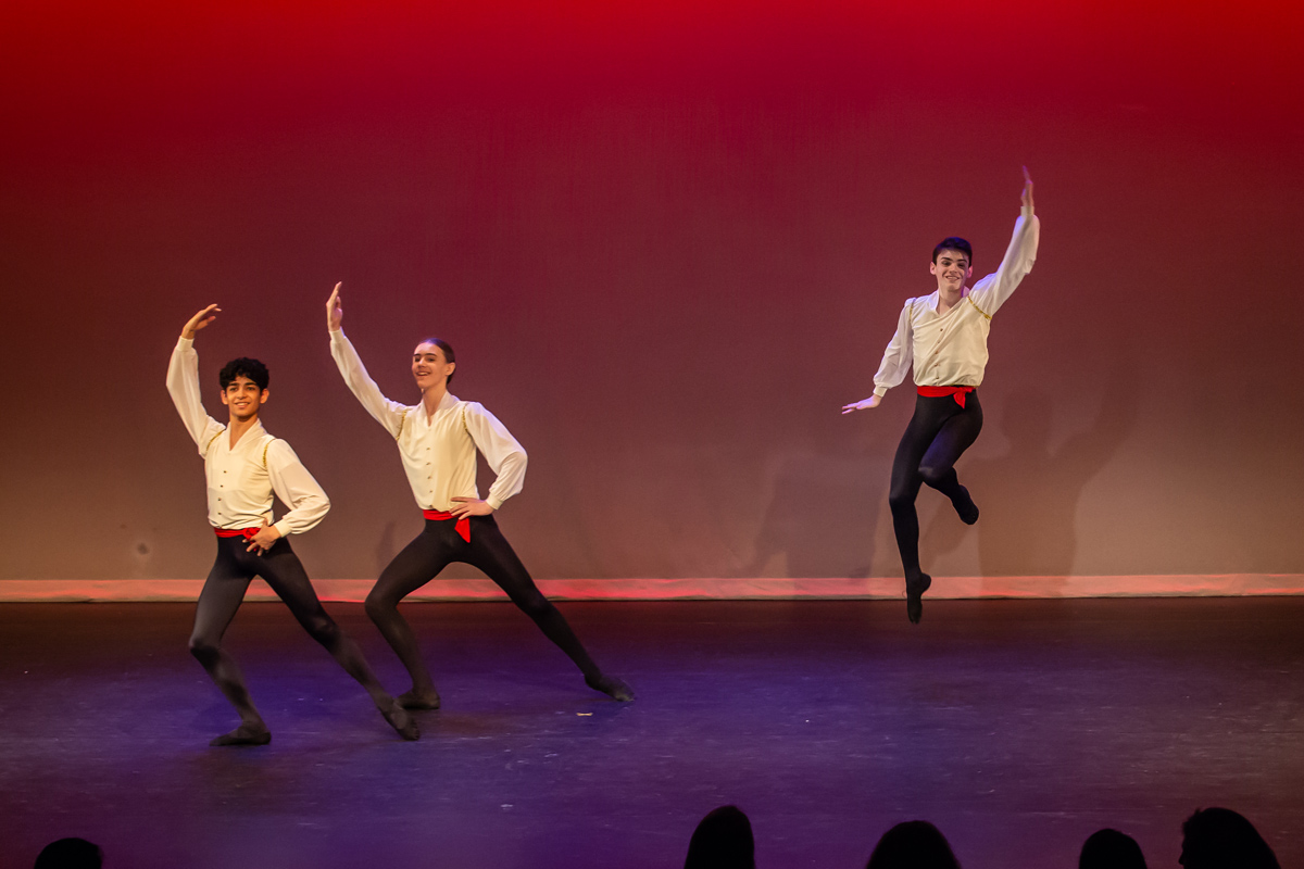 Steps Youth Holiday dance Performance 2019, Nutcracker, Trepak